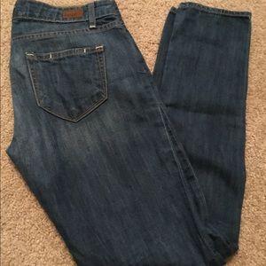 Paige jeans: skyline ankle peg size 25